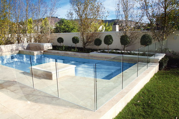 Swimming-Pool-Fence-Glass-Ideas-With-Cool-And-