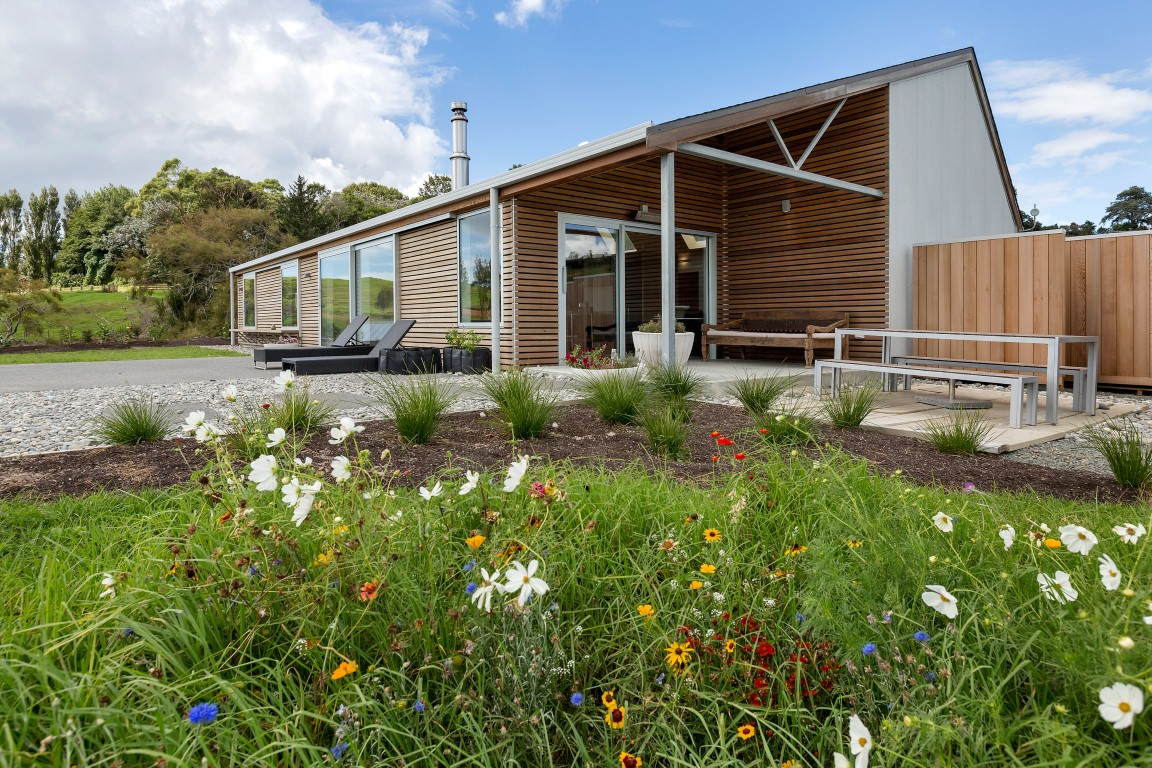Smith construction nz limited building guide house for Smith house construction
