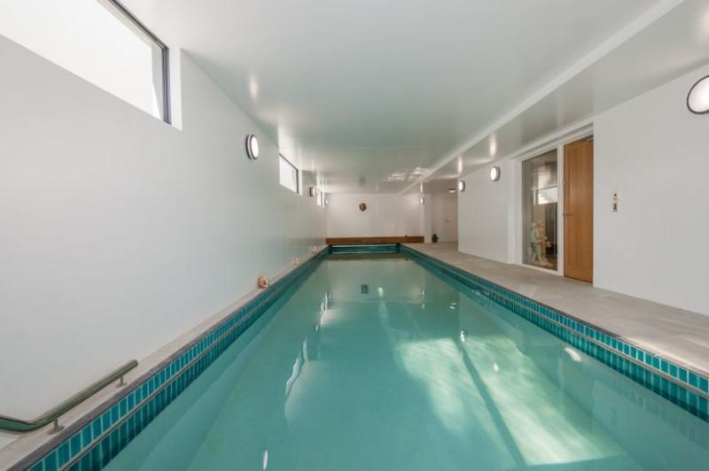 tim-holmes-pool